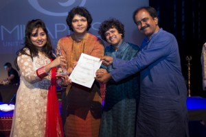 (From left) Angira Kotal with the judges; Rakesh Chaurasia, Pandit Ranajit Sengupta and Lalgudi GJR Kirshnan. - See more at: http://www.milapfest.com
