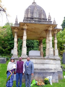 Indian High Commission Minister AS Rajan, Bristol Bradley Stoke Dy Mayor Tom Aditya and a Brahma Samaj member at Raja Ram Mohan Roy's tomb